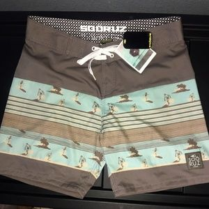 SOORUZ Boardshorts (French Designer) Size Large